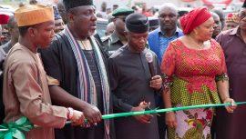 Nigeria's President Commissions Cargo Airport